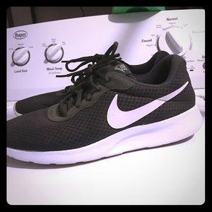 Olive green Nike Tanjun